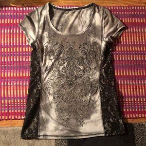 Gorgeous medium Maurice's bling t shirt